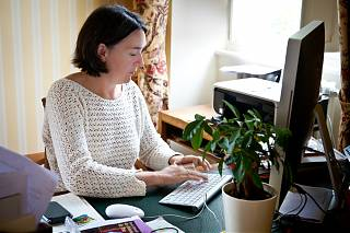 Ann Kenny dans son bureau à Clos Mirabel