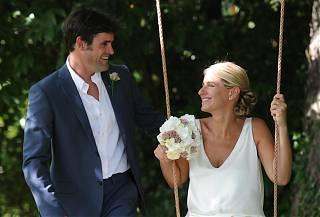 Homme et femme en robe de mariée - a Clos Mirabel