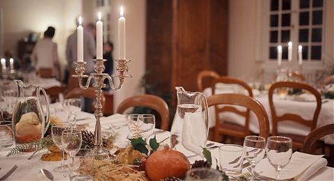 Table avec bougies